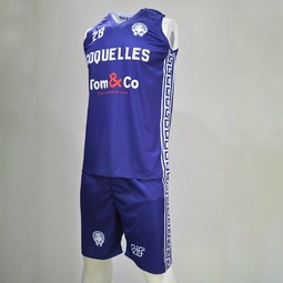 Nouveaux designs en sublimation pour le club de @alcoquelles 👌 #sublimation #jersey #blue #coquelles #tom&co