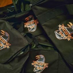 On prépare la saison prochaine avec les sacs à dos / sacs de sport à l'effigie du club de #vaucressonbasket #sacados #basket #logo #impressionnumerique  @villedevaucresson @vaucresson_actualites @vaucresson_officiel